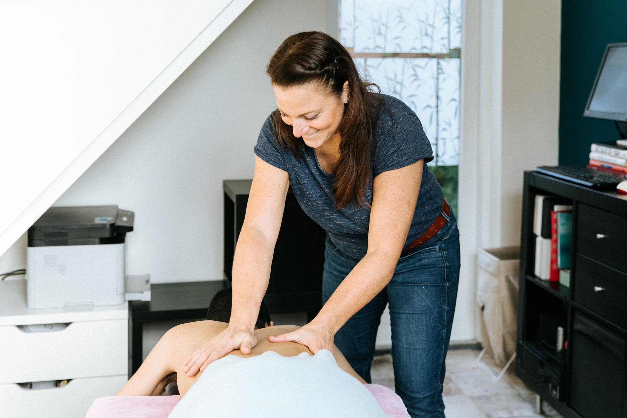 Sportmassage Haarlem - sportmassage en zwangerschapsmassage in Haarlem